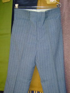 LEVI'S STA-PREST BRAND SLACKS LOT 666-0001