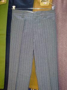 LEVI'S STA-PREST BRAND SLACKS LOT 666-0002